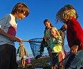 PECHE-A-PIED-CALVADOS_PECHEPLAGE02ENFANTPERSONNAGES.GUICHARD_TOURISME.jpg